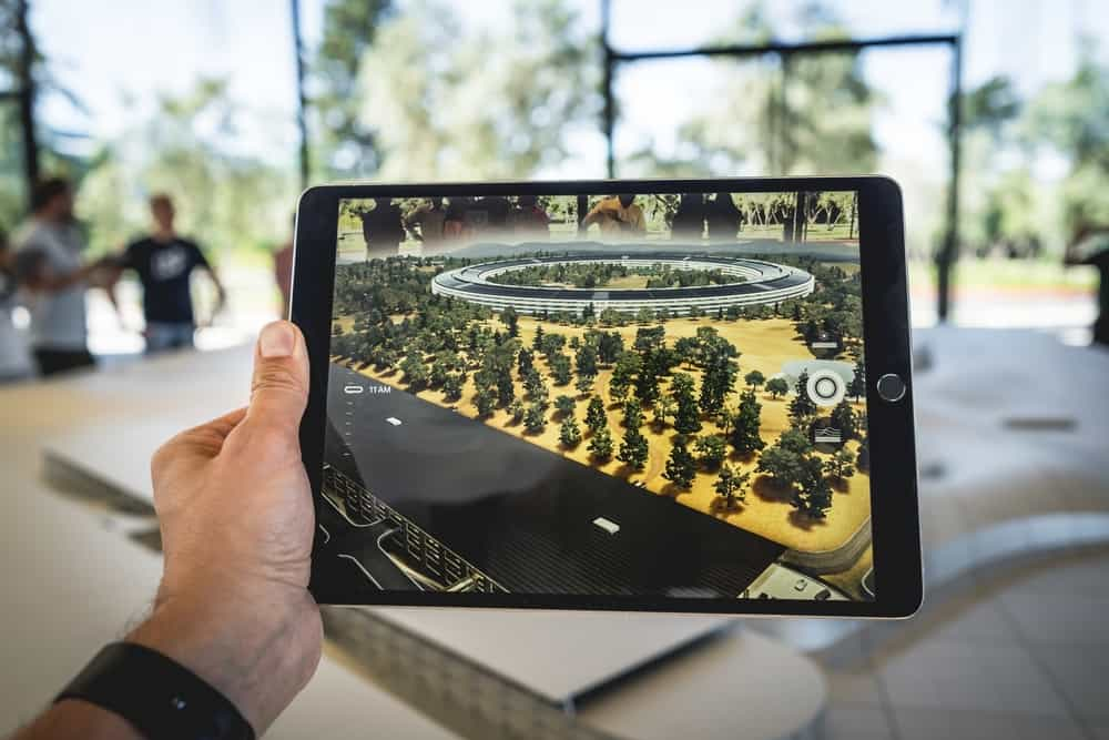 augmented reality experience via tablet